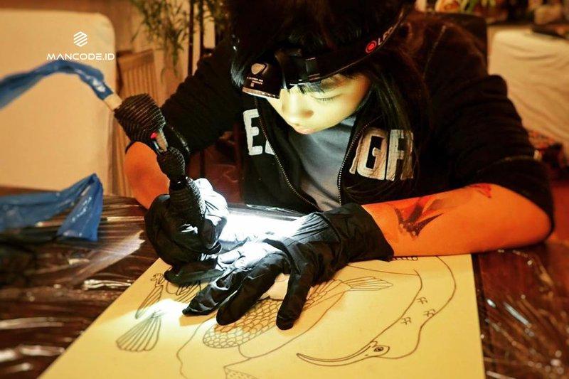 Mengenal Noko, Seniman Tato Termuda di Dunia